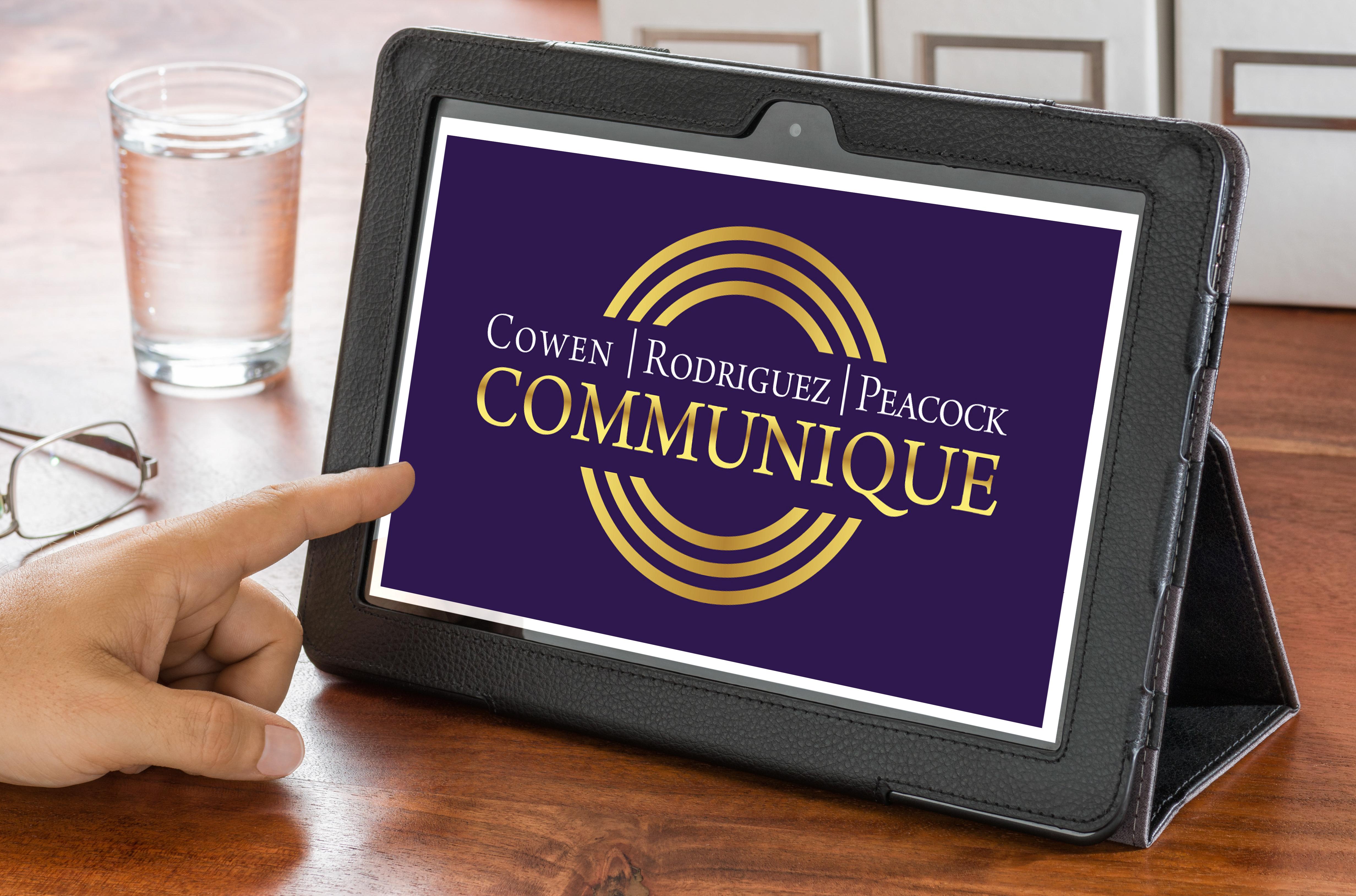 Communique on Laptop